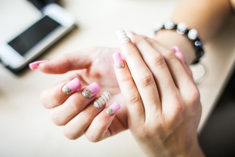 girl-nail-art-design-picjumbo-com.jpg